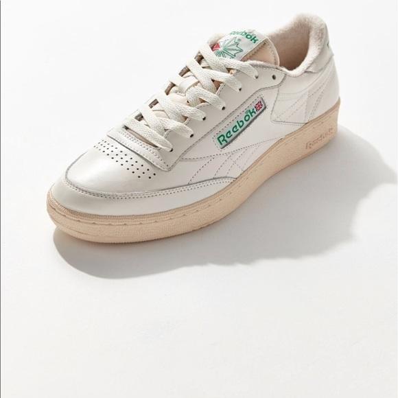 2eb82fbf1a8a Reebok Club C Vintage Sneaker (Women s 8.5) Used. M 5b51112ebf7729cfc2bedc7e